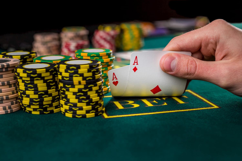 Live Poker Bonuses